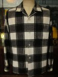 画像1: 1950'S COOPERS WHITE X BLACK PLAID PRINTED FLANNEL SHIRT SZ/L  (1)