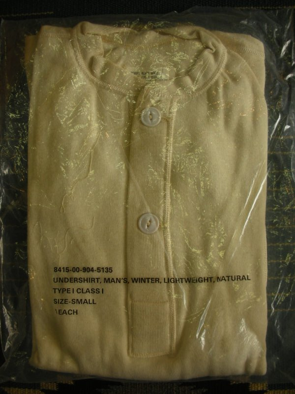 画像1: 1984'S〜 DEADSTOCK US MILITARY TYPE1 UNDERSHIRT,HENLYNECK/SMALL