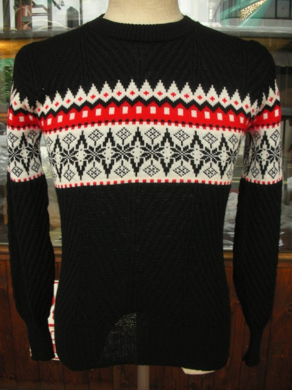 画像1: 1950'S ROBIN HOOD SNOWFLAKE BORDER BLACK JAQUARD KNIT SWEATER