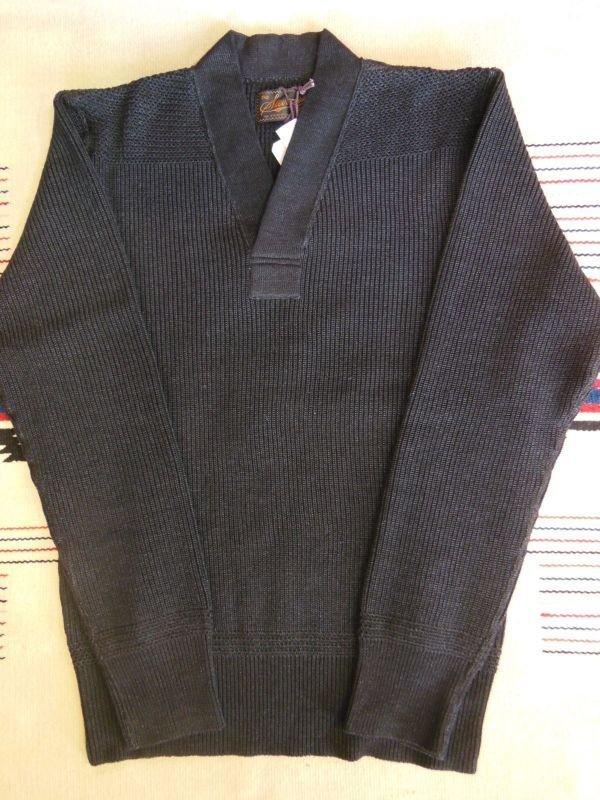 画像2: STEVENSON OVERAL U.S. Army Indigo V Neck Sweater - UVColor: Black Indigo
